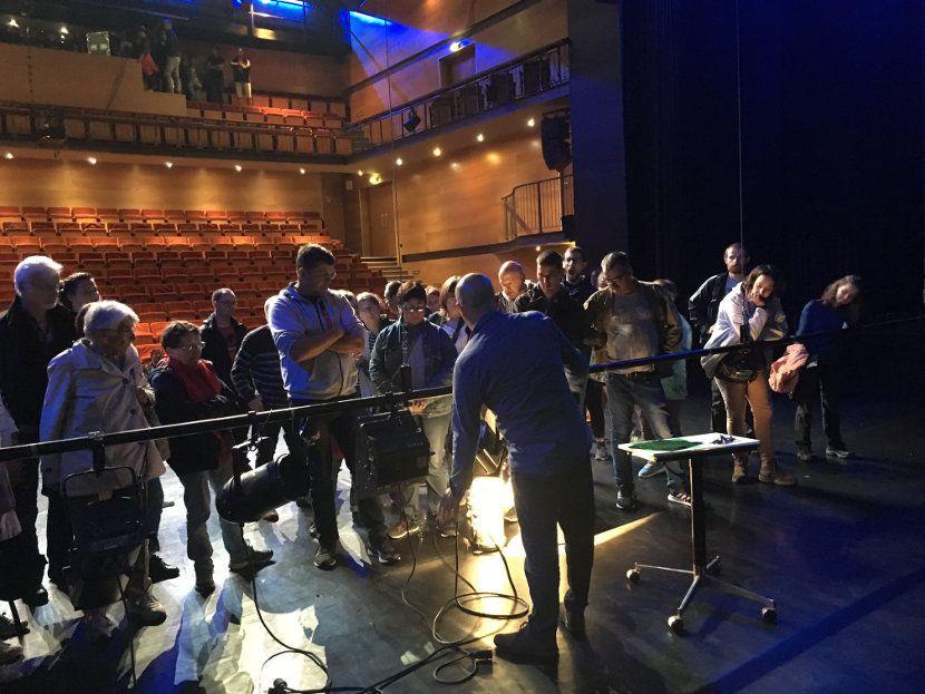 7-projecteurs-theatre-